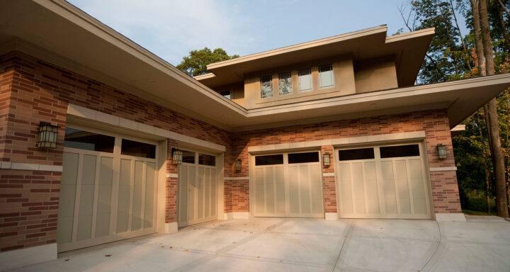 Garage Door Opener Repair in Appleton, Green Bay, Neenah, New London, Oshkosh, and Waupaca